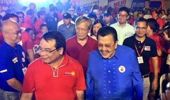 Manila Mayor Joseph Ejercito Estrada with members of the Makabayan bloc